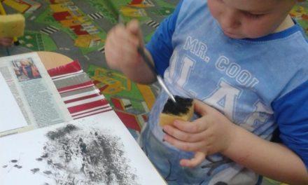 Bałwanek gąbką malowany