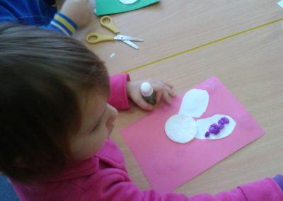 Kartka świąteczna - Zajączek Kreatywnie z dzieckiem Marlena Wrońska Prace plastyczne Święta Wielkanoc Zima