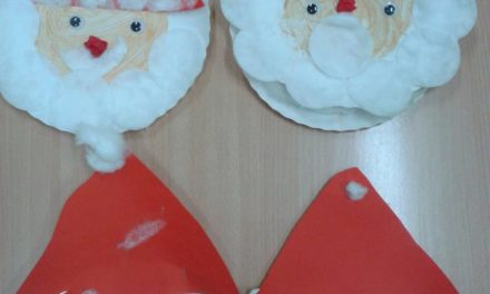 Mikołaje z papierowych talerzyków