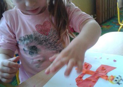 Motylki - wycinanka Lato Marlena Wrońska Prace plastyczne Prace plastyczne (Dzień Zwierząt) Światowy Dzień Zwierząt Wiosna (Prace plastyczne) Zwierzęta (Prace plastyczne)