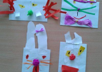 Zajączki wielkanocne z koperty Marlena Wrońska Prace plastyczne Prace plastyczne (Dzień Zwierząt) Prace plastyczne (Wielkanoc) Światowy Dzień Zwierząt Wielkanoc Zwierzęta