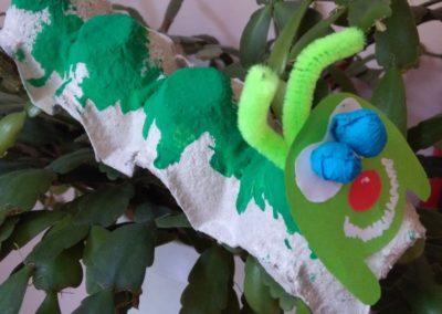 Gąsienice z wytłaczanki do jajek Dominika Kobylak Jesień Jesień Kreatywnie z dzieckiem Lato Prace plastyczne Prace plastyczne Prace plastyczne Światowy Dzień Zwierząt Wiosna Zwierzęta