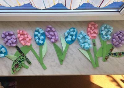 Hiacynty z papieru Kreatywnie z dzieckiem Patrycja Sulej Pomoce dydaktyczne Wiosna