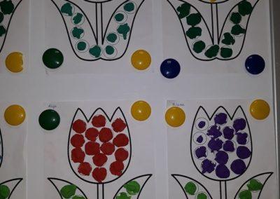 Kolorowy tulipan - uzupełnij pola Kreatywnie z dzieckiem Małgorzata Wojkowska